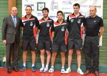 L'équipe EPI 2 évoluant en Nationale 1 en présence de M De CARRERE, conseillé aux sports à la mairie d'Issy-les-Moulineaux